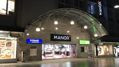 Manor mit Manora Restaurant